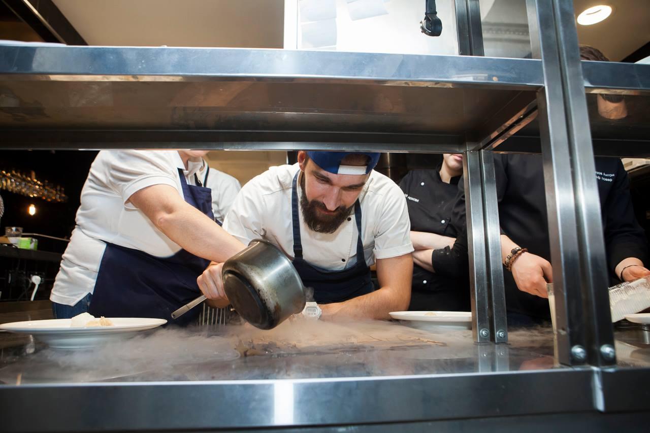 Ресторан пушкин вакансии повара холодного цеха 107